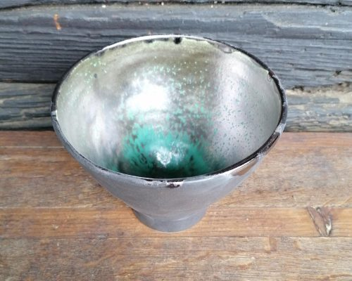 grün-gold keramik gefaess