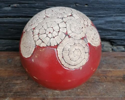 groß rot keramik kugel
