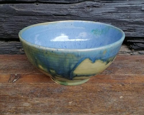 blau-grün keramik schale