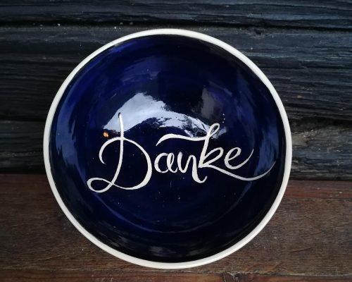 blau keramik schale mit Danke impressum