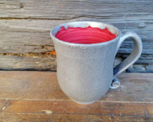 keramik krug grau rot